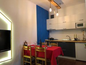 A kitchen or kitchenette at Wanderer's