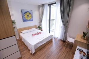 Rosy Home - Luxury Studio Apartment - Vinhomes Green Bay