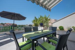 Balkón nebo terasa v ubytování Modern Apartman Pjero