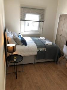 Ein Bett oder Betten in einem Zimmer der Unterkunft Bold Street Liverpods