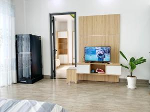 BaPhu Apartment - 2mins to My Khe beach