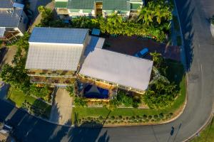 A bird's-eye view of Sunlit Waters Studio Apartments