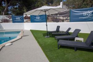 The swimming pool at or near Apartamentos Portinatx Sea View