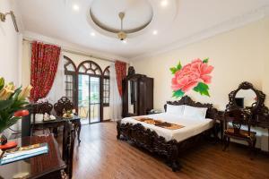 Hanoi Little Town Hotel