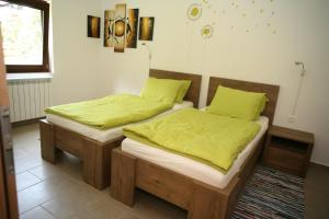 Postelja oz. postelje v sobi nastanitve Apartma Opalika