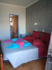 Een bed of bedden in een kamer bij Efi Studio