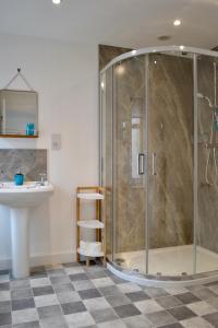 A bathroom at Caliburn
