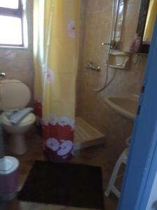 Een badkamer bij Efi Studio
