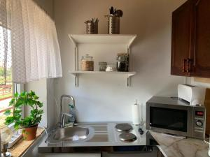 A kitchen or kitchenette at Bo på hästgård - Live on a Horse farm
