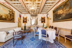 Ristorante o altro punto ristoro di Navona Luxury and Historical Apartment