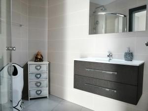 A bathroom at Anevan