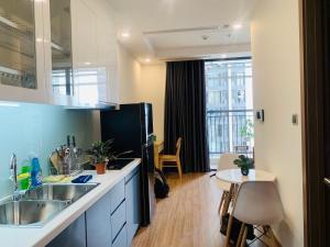 Vinhomes Greenbay utility Lux-room