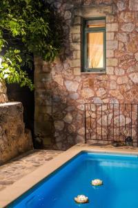 Πισίνα στο ή κοντά στο Villa Galatia