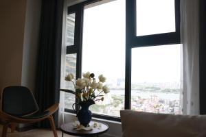 2BR LAKE VIEW, Bright and Brand New, Westlake Hanoi