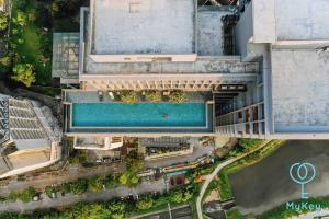 Vista de la piscina de Expressionz Professional Suites by MyKey Global o alrededores
