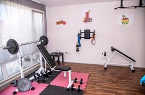 The fitness center and/or fitness facilities at Sunbeam Studio