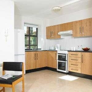 A kitchen or kitchenette at Maynooth Campus Apartments