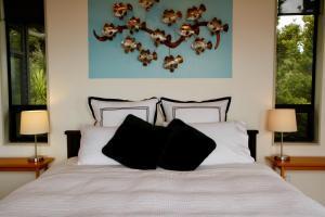 Te Huiaにあるベッド