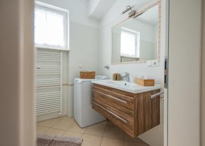 A bathroom at Gartenhof