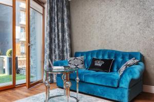 Svetainės erdvė apgyvendinimo įstaigoje Diamonds Luxury Old Town Residence