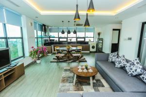 Penhouse suite -160m2 in the old quater Hanoi