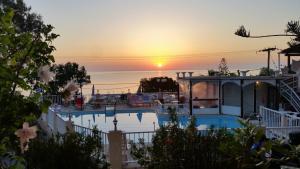 The swimming pool at or near Noula Studio