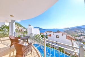 A balcony or terrace at Villa Sedef