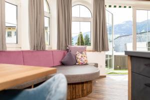 Ein Sitzbereich in der Unterkunft Apartment Bergjuwel