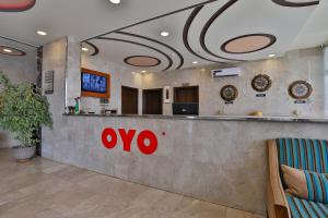 The lobby or reception area at OYO 243 Arkan Hotel Taif