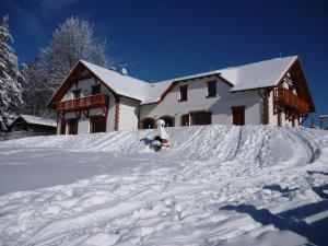 Villa Victoria during the winter