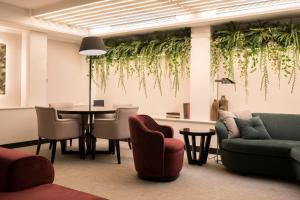 A seating area at Acacia Suite