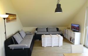 Ein Sitzbereich in der Unterkunft Two-Bedroom Apartment in Boiensdorf