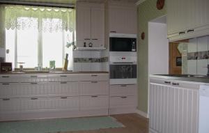 Ett kök eller pentry på Holiday home Visby 20