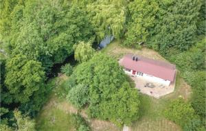 Ett flygfoto av Three-Bedroom Holiday Home in Tomelilla