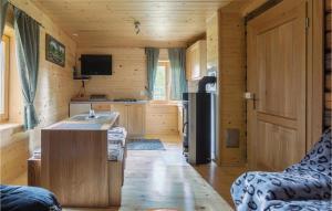 Kuhinja oz. manjša kuhinja v nastanitvi Three-Bedroom Holiday Home in Gornji Grad