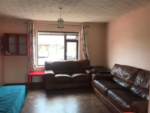 A seating area at Llanishen 4-bed House