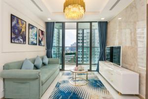 Vinhomes Luxury Apartment-Christine Properties