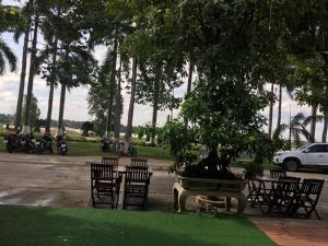 Hana Riverside Villa