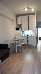 Una cocina o zona de cocina en L'appartement IRINA