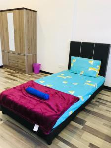 A bed or beds in a room at Arte S 3A-15-3 Comfortable Home With Mountain View