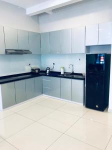 A kitchen or kitchenette at Arte S 3A-15-3 Comfortable Home With Mountain View
