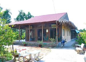 Ngoc Phuong Homestay