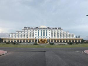 TRUNG TÂM NGHỈ DƯỠNG TRÀ CỔ ( DONGBAC HOTEL )