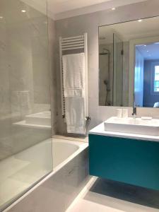 Oporto Chic&Cozy - Aliados tesisinde bir banyo