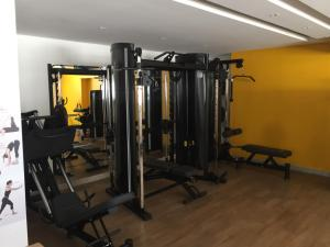 The fitness centre and/or fitness facilities at Lounge 22! Super local!