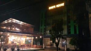 Choi's Hotel