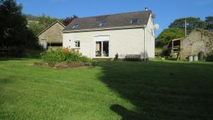 A garden outside cwmddol fawr cottage