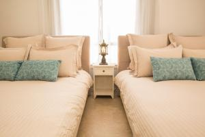 A bed or beds in a room at Nanjo - House / Vacation STAY 45840