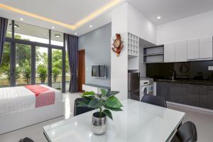 OYO 330 Noir Hotel & Apartment