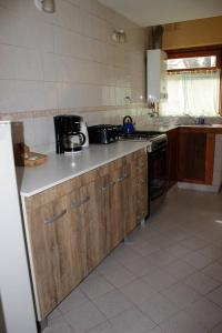 Una cocina o kitchenette en Bungalows KALENA Playa Bonita DAT